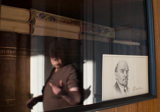 50 томов сочинений Владимира Ленина - тоже антиквариат