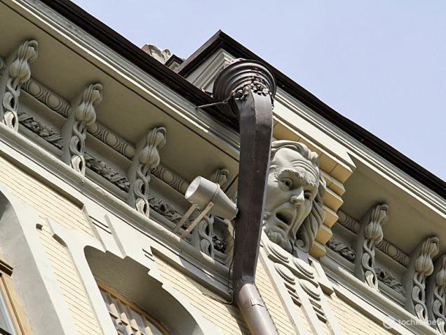Деталі фасаду