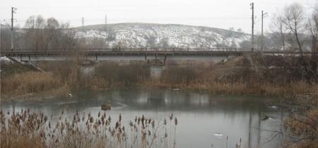 Железнодорожный мост через реку Вита