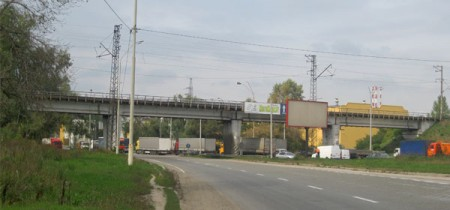 Железнодорожный мост на проспекте академика Заболотного